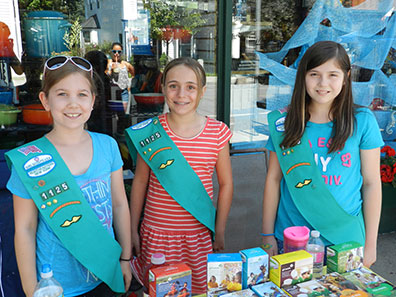 2015 Photo Gallery - Girl Scout Troop 1125 was there selling cookies and had coloring projects for the kids.