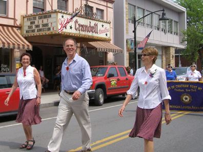 2011 photo gallery - Chatham Mayor Tom Curran marches in the 2011 Memorial Day Parade