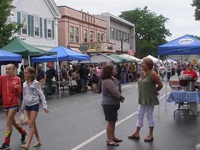 2016 Photo Gallery - Summerfest street scene