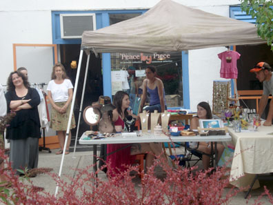 2012 Photo Gallery - Booth on Main Street
