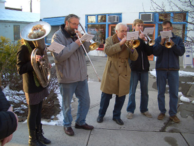 2011 photo gallery - Holiday music during WinterFest in Chatham, NY